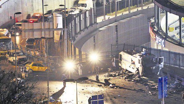 Estambul: doble atentado deja 38 muertos
