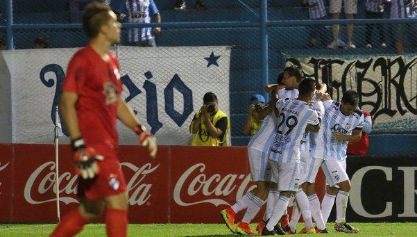 Lavallén debutó en el banco de Atlético con goleada ante Quilmes