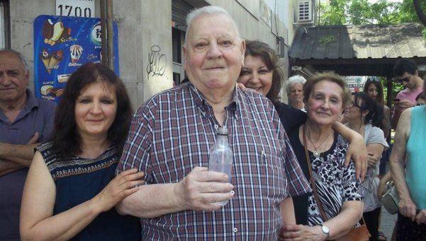 Una esquina de Gerli se llama concejal Emilio Arispe