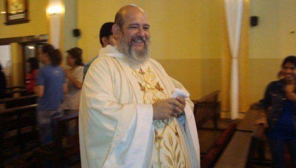 Sacerdote fue detenido tras ser acusado de abuso sexual contra menores
