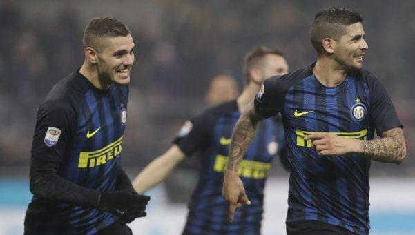 Inter, con goles de Icardi y Banega, derrotó a Lazio