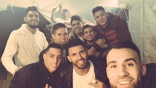 Los futbolistas argentinos en Manchester se juntaron a pasar Navidad
