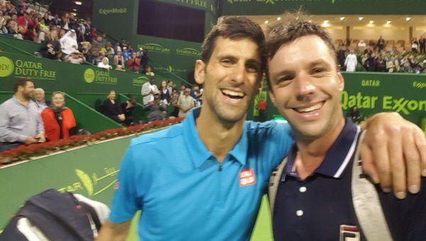 Zeballos, cholulo: perdió con Djokovic ¡y le pidió una selfie!