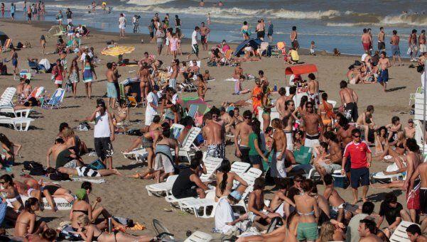 """Alertan que en la costa hay 120 bandas de """"playachorros"""""""