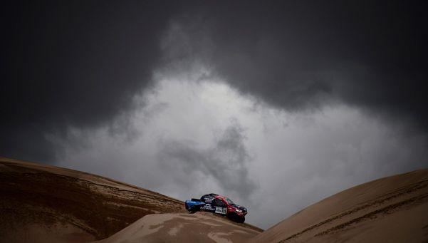 La etapa del mal tiempo fue para Sebastien Loeb