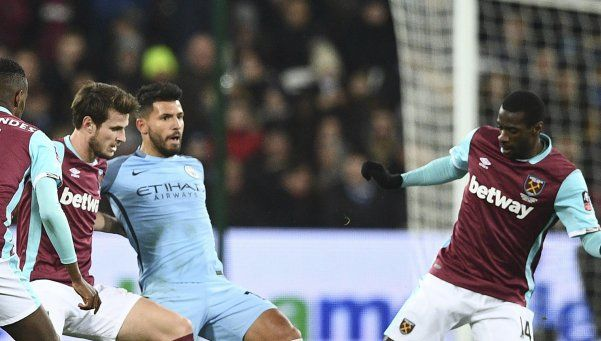 Con un gol de Agüero, el City vapuleó al West Ham