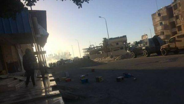 Otro ataque a bordo de un camión, ahora en Egipto: 8 muertos