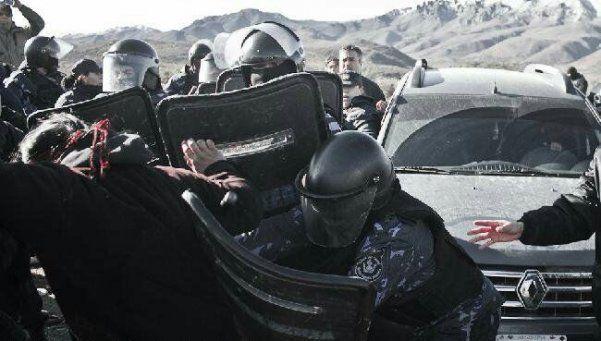 Denuncian que Gendarmería reprimió a una comunidad mapuche