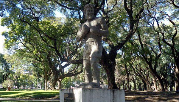 Historias detrás de la escultura de Ringo Bonavena