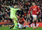 Ibrahimovic rescató un empate para los Diablos Rojos
