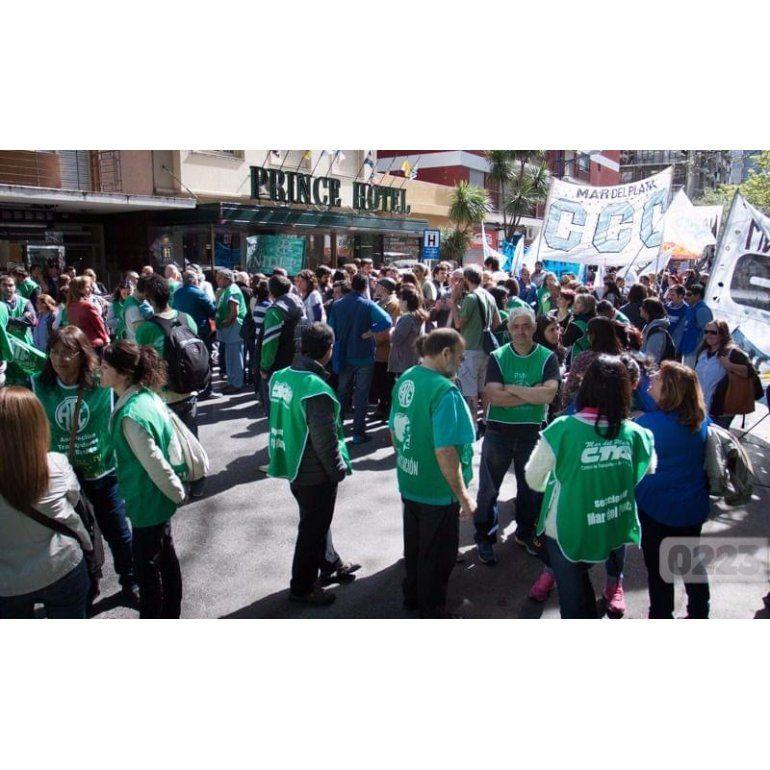 Estatales, docentes y trabajadores de la salud marcharon al Congreso