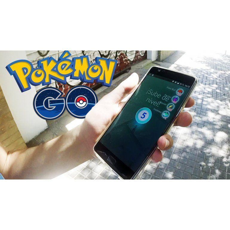 Rompió el confinamiento para jugar Pokémon Go y fue multado