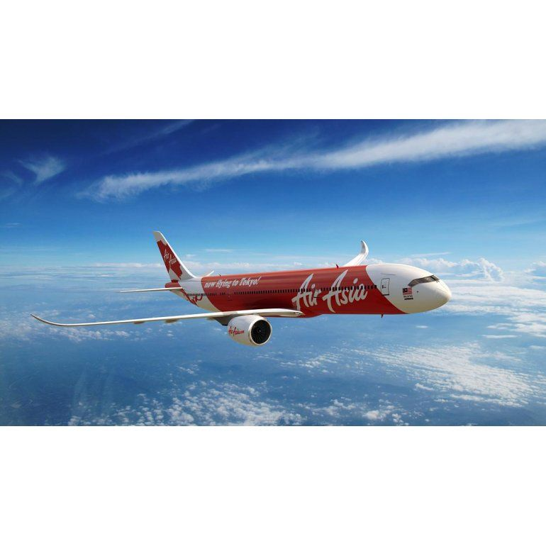 Se reanudó búsqueda de avión de AirAsia: habría caído al mar