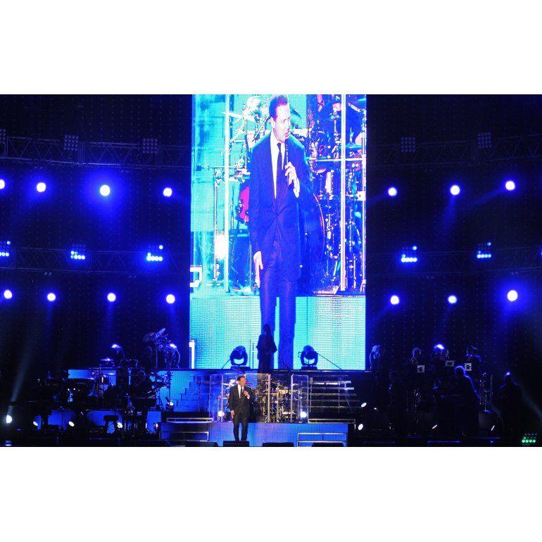 El recital de Luis Miguel en GEBA en fotos