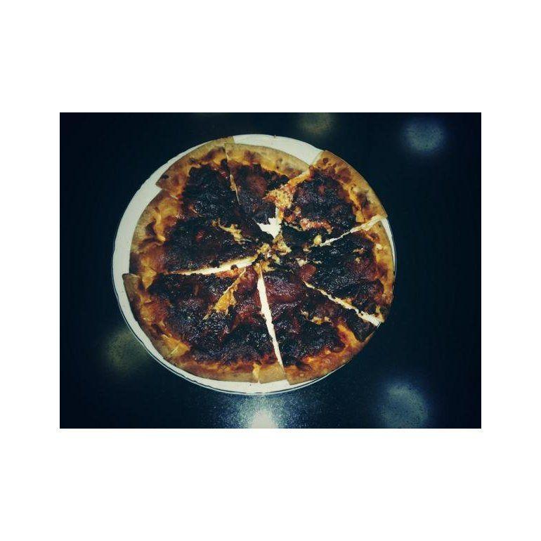 ¿Qué famosa no sabe cocinar una pizza?