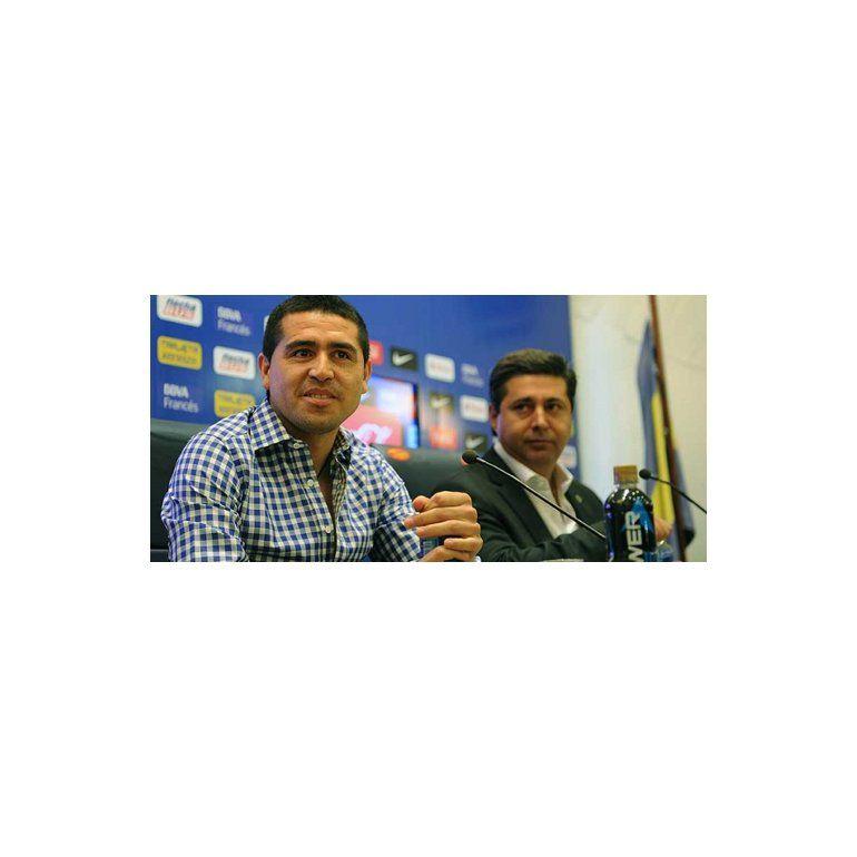 Angelici, polémico: Riquelme nos salió más caro que Tevez