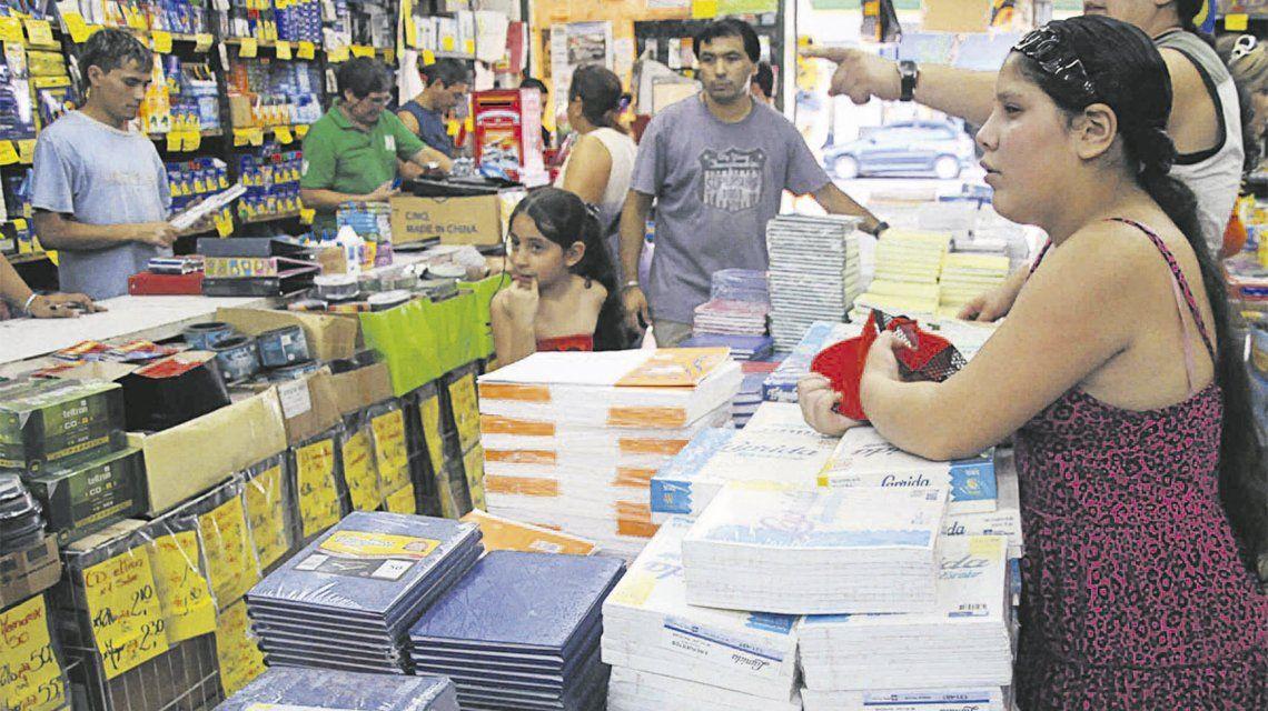 Florencio Varela: acuerdan con librerías la venta de kit escolar económico