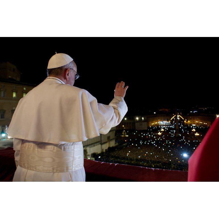 La salud del Papa es la única preocupación en el Vaticano