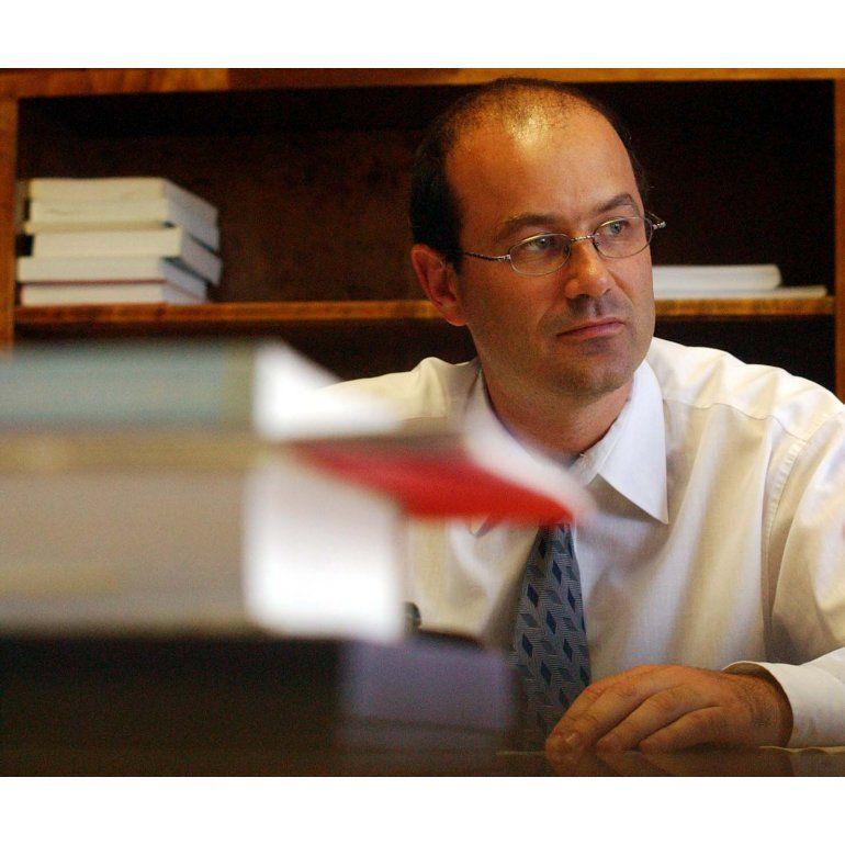 Megacanje: procesan a Sturzenegger y otros siete funcionarios