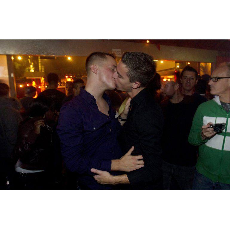 Polémico seminario católico promete curar a los gays