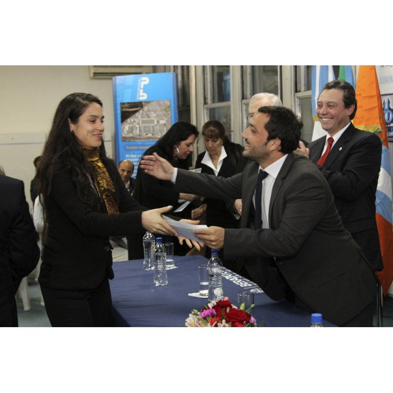 Subsidian a empresas limpias en Berazategui