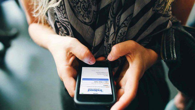 Los planes de telefonía subirán 12% entre marzo y abril