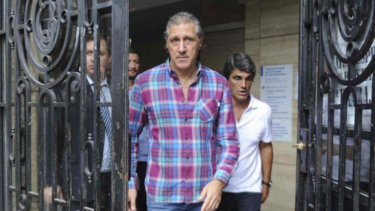Agremiados anunció un paro de futbolistas por falta de pago