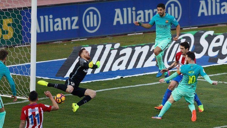 Messi le dio el triunfo al Barcelona en su visita al Atlético