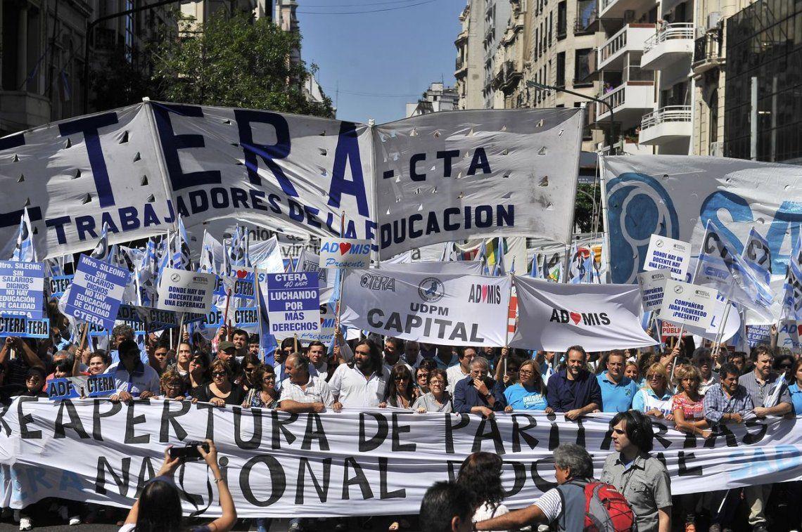Bonaerenses creen que avanzó la negociación
