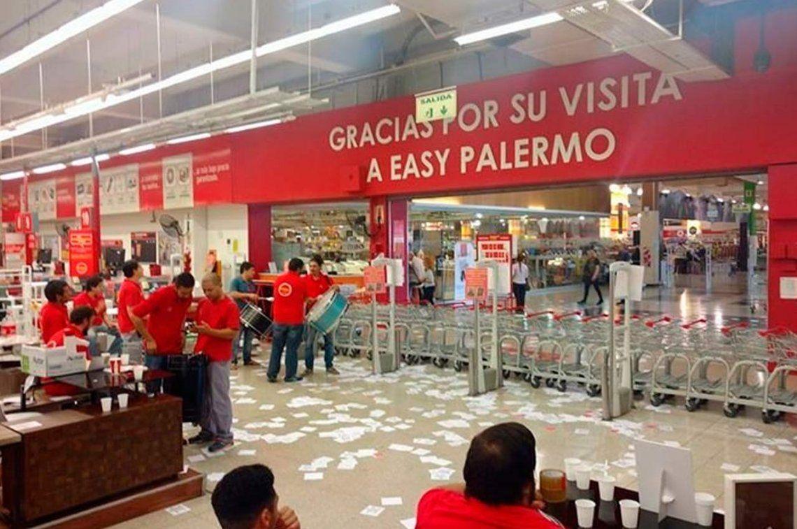 Sorpresivo paro de empleados de Easy Palermo