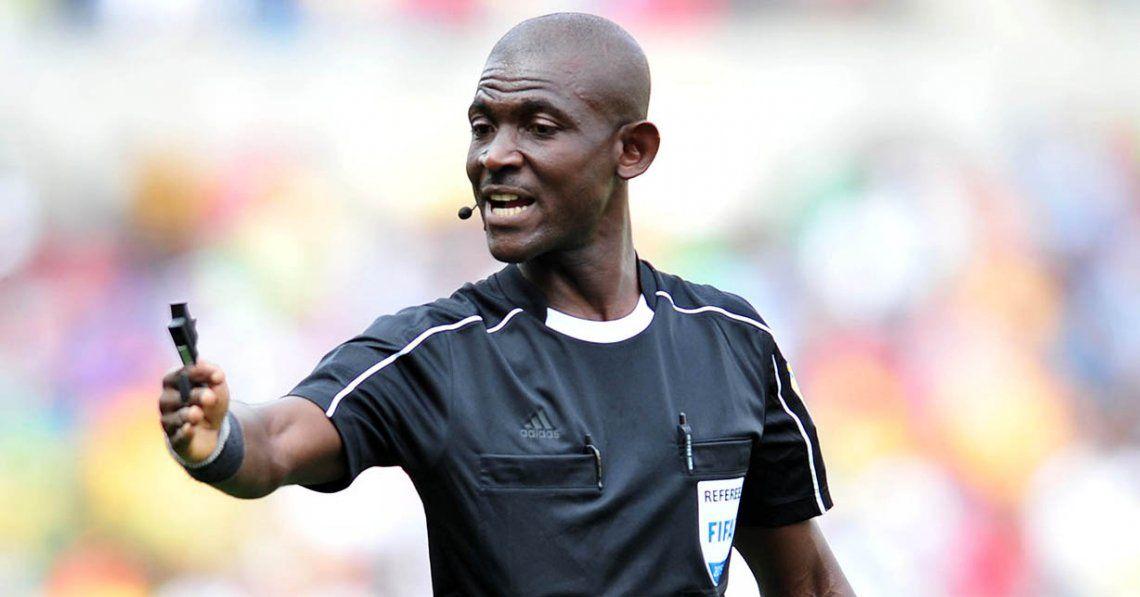 La FIFA sancionó de por vida a un árbitro por manipular resultados