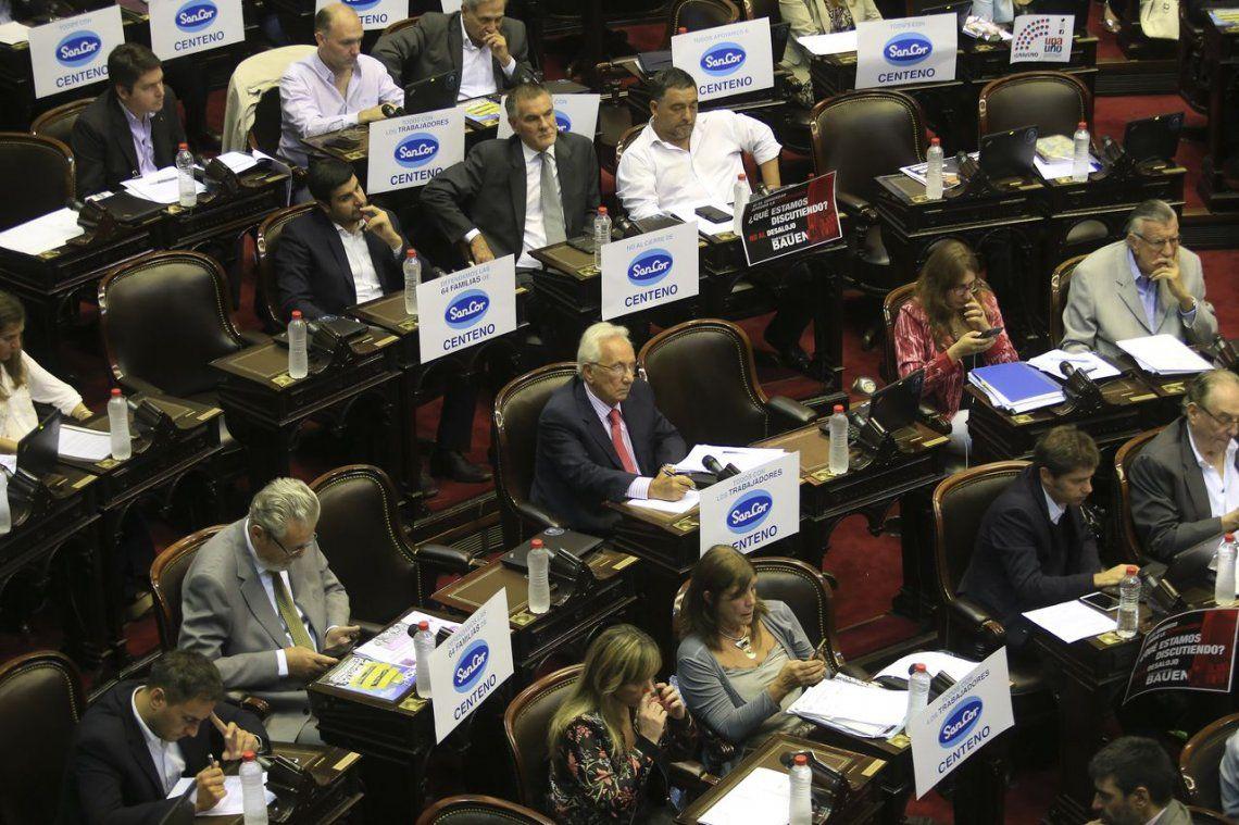 Diputados del FpV pedirán explicaciones sobre supuesta dolarización