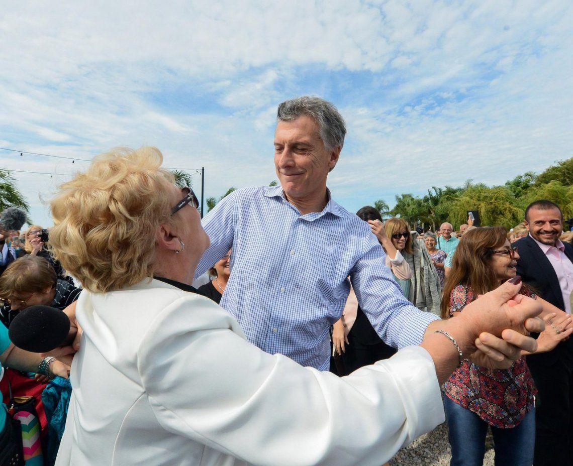 Mauricio Macri saludó a los jubilados en su día
