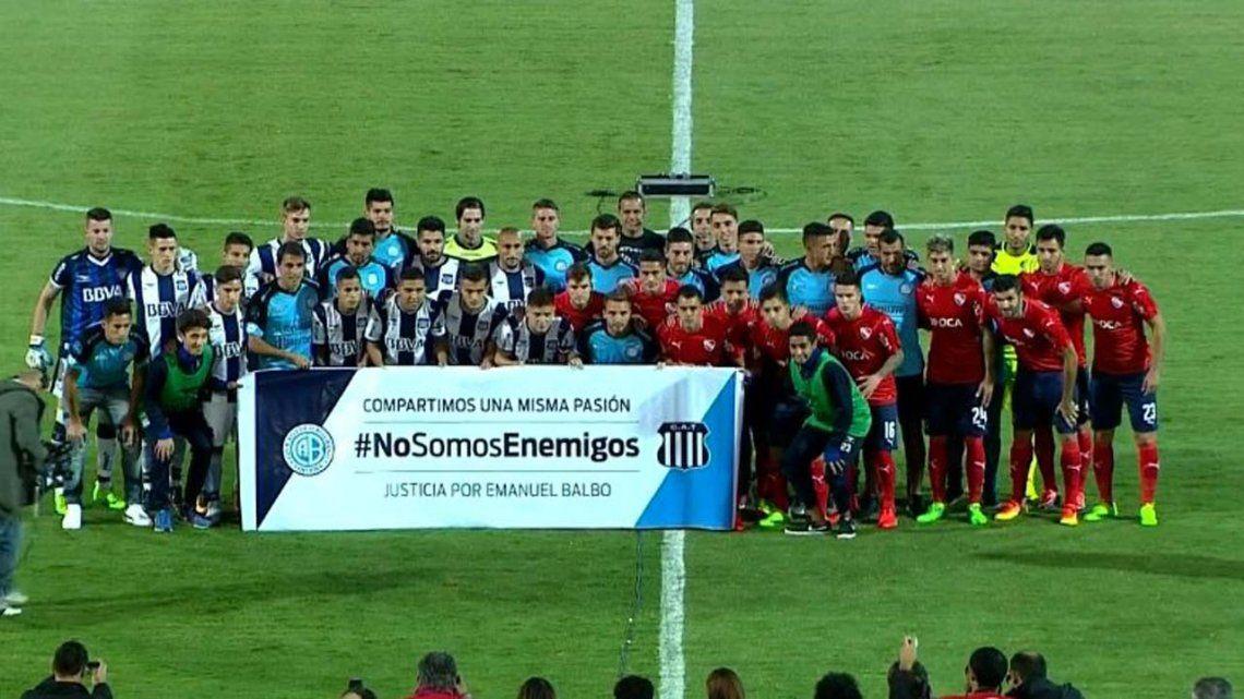 El imitable gesto de los jugadores de Talleres y Belgrano