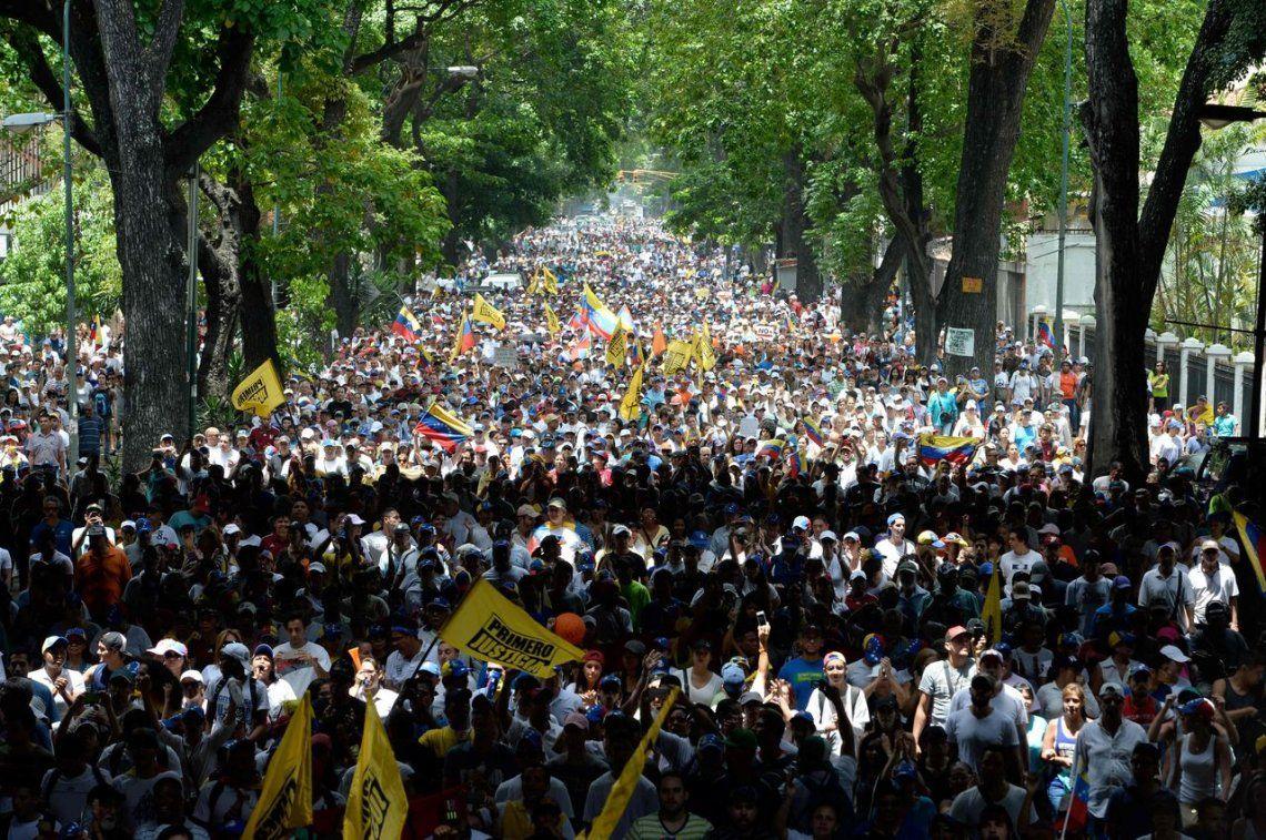 Venezuela vuelve a marchar contra el salvajismo y la represión