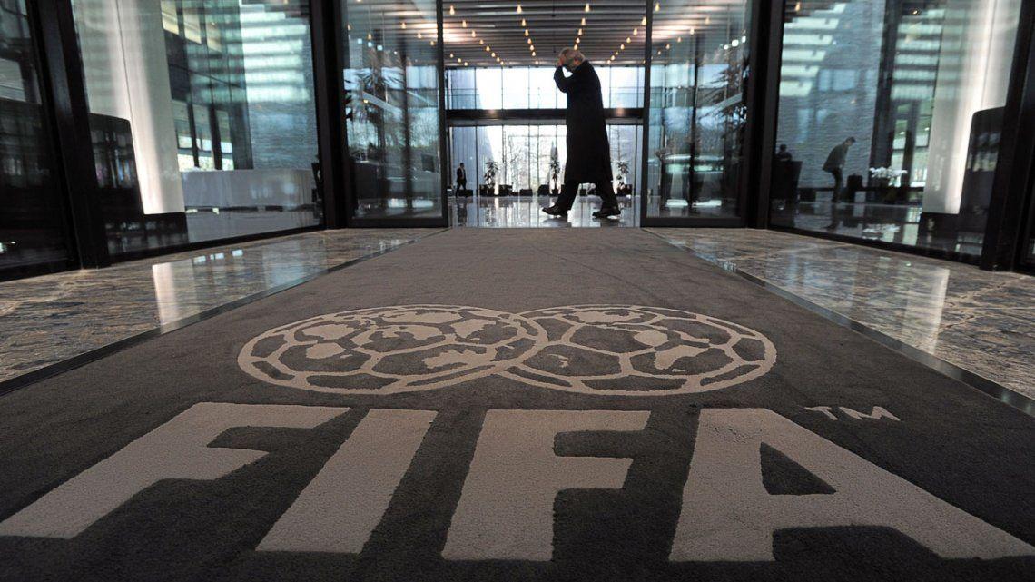 La FIFA rechaza la apelación del Chealsea y le mantiene la prohibición para  incorporar jugadores