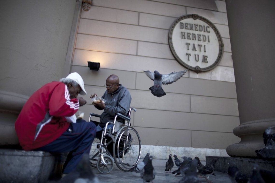 En la Ciudad hay casi 600 mil pobres y 154 mil indigentes