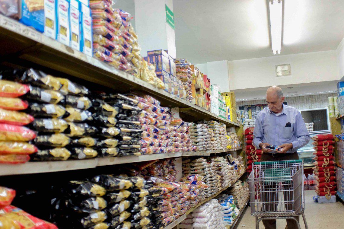 Bajaron más del 15% las ventas en supermercados porteños