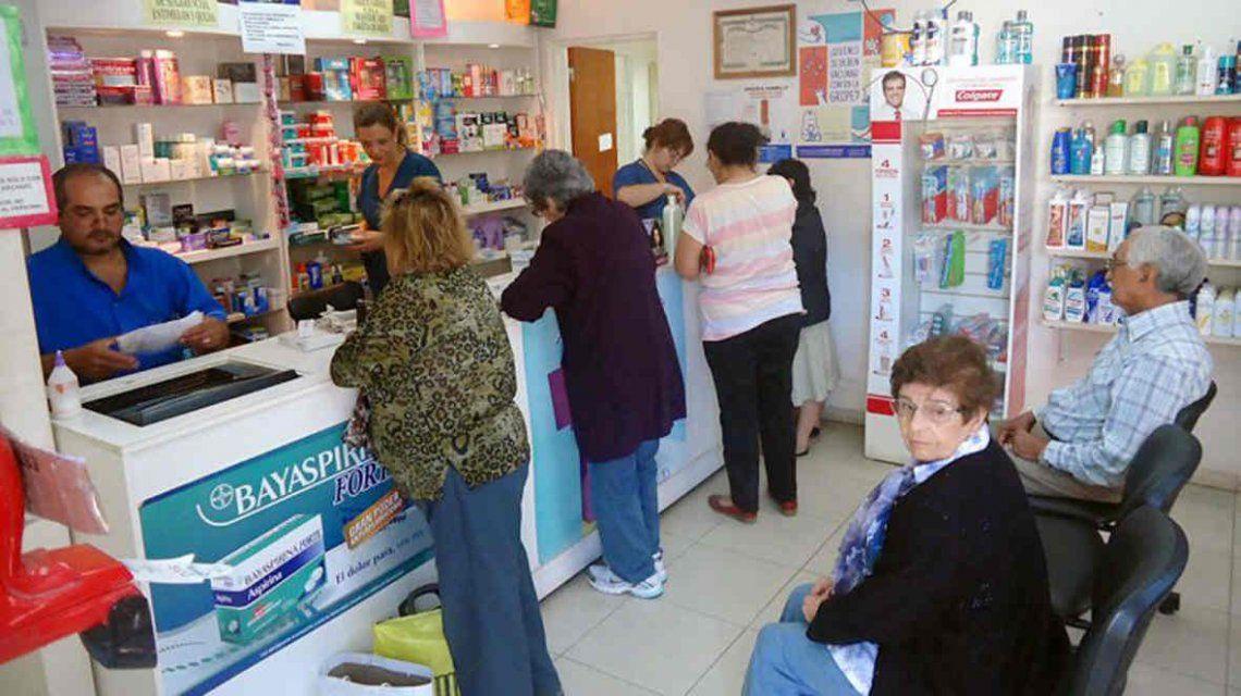 Advierten que las farmacias están en estado crítico