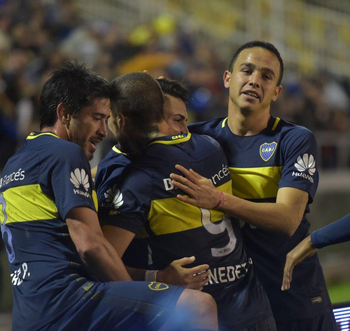 Boca aplastó a Aldosivi y quedó a un pasito del campeonato