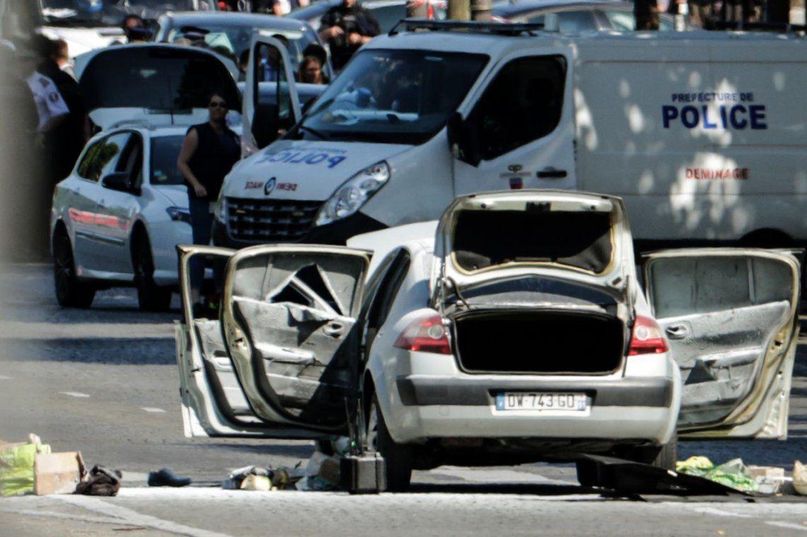 Otro ataque en los Campos Elíseos vuelve a sacudir a París