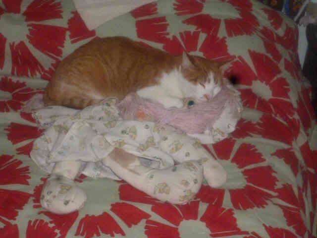 Mabel, con su amiga Pepona