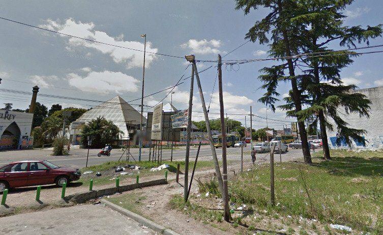 Vuelven a exigir controles a la salida de boliches de avenida Calchaquí