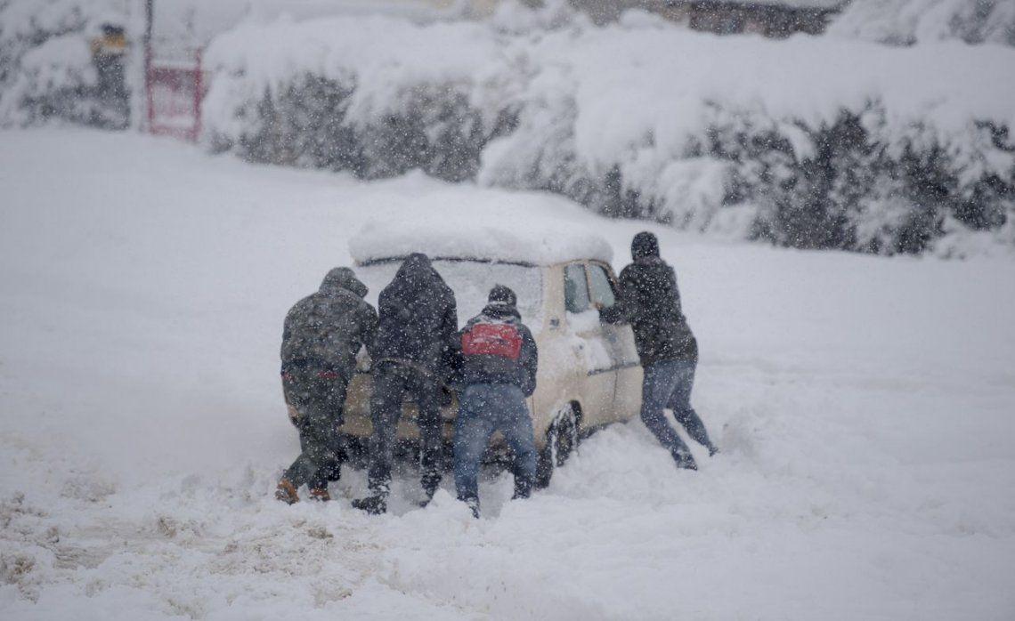 Bariloche y el d a m s fr o de la historia 25 4 grados for Chimentos de hoy en argentina