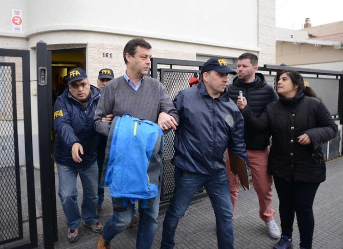 Detuvieron al contador de la familia Kirchner