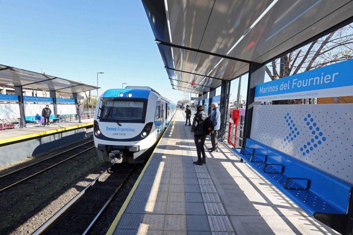 Presentaron dos estaciones renovadas del tren Belgrano Sur en La Matanza