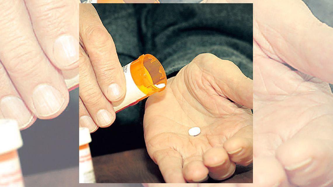 Enseñan sobre buen uso de medicamentos