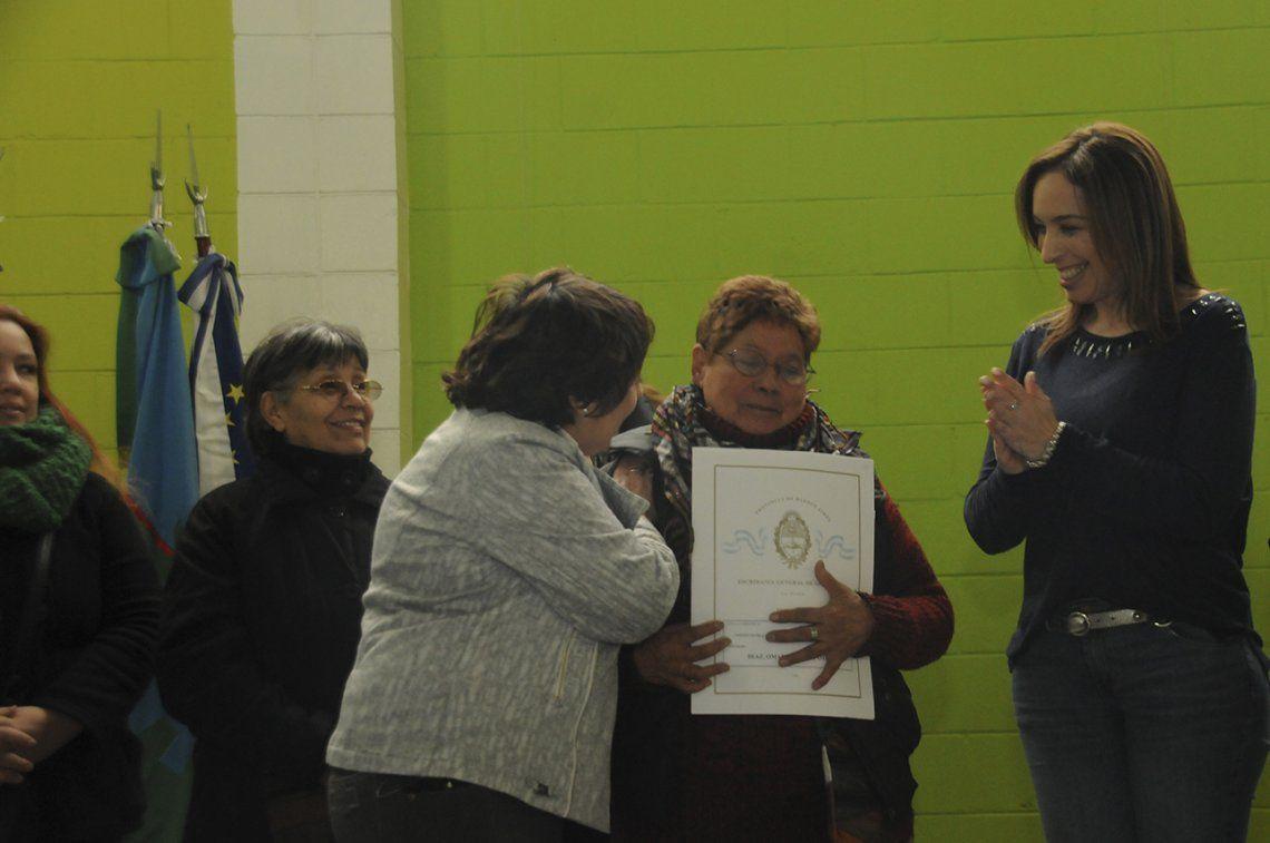 Vidal encabezó un acto de entrega de escrituras en Tres de Febrero