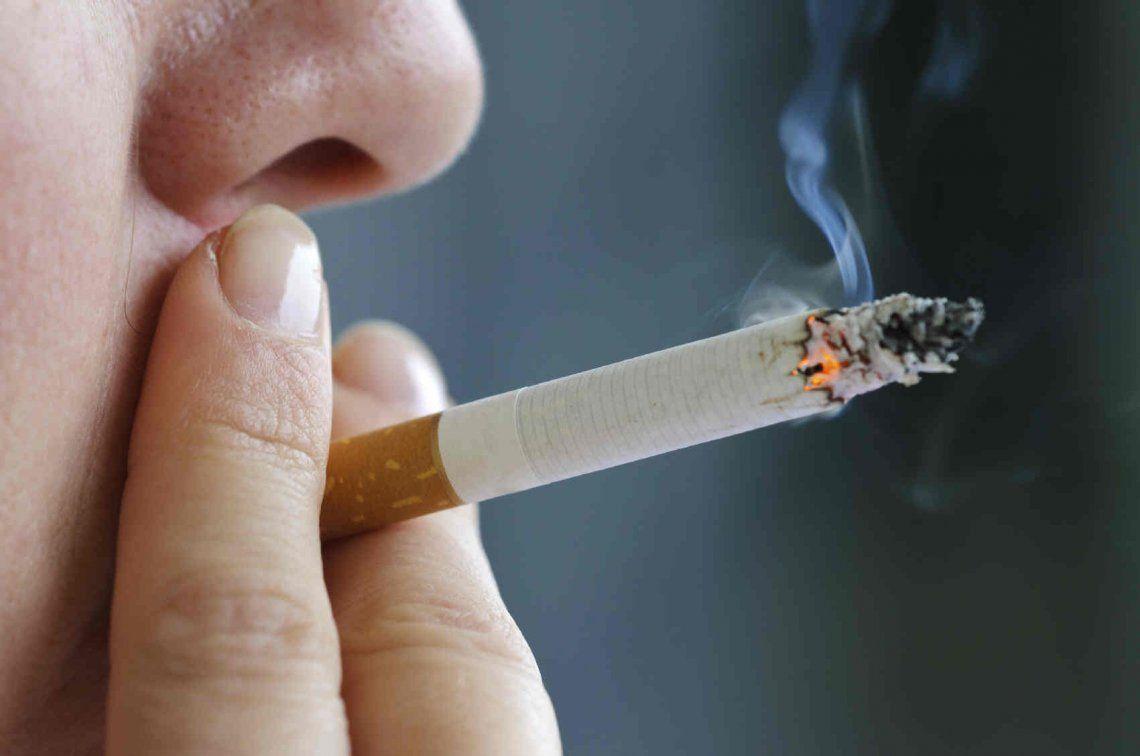Fumadores: 40% cambió su consumo por suba de impuestos