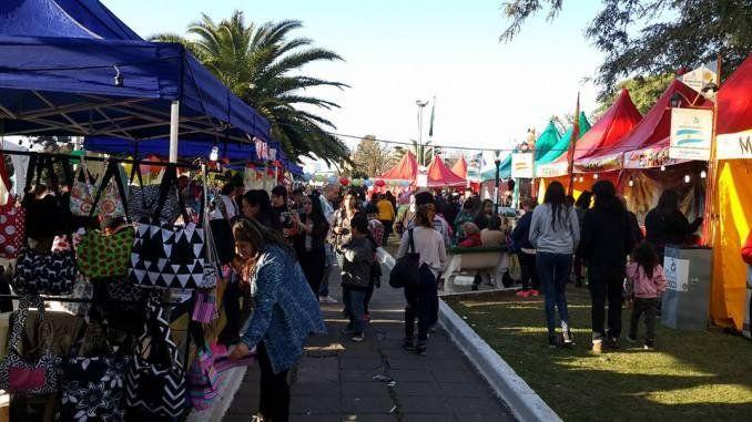 Nueva Feria de la Economía Social Latinoamericana en Ituzaingó